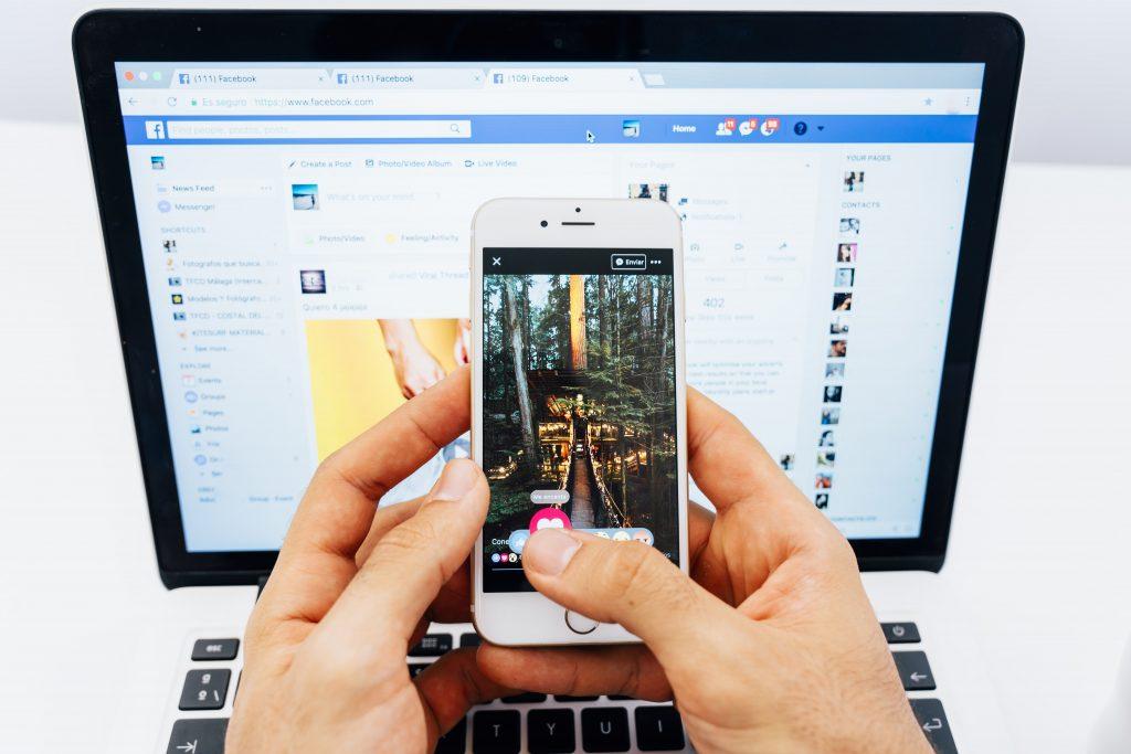 Queda no Whatsapp, Facebook e Instagram afeta comunicação dos usuários
